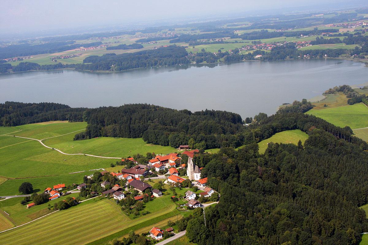 Luftaufnahme Hirnsberg mit Gasthaus Hilger