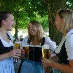 Biergartengespräche im Gasthaus Hilger